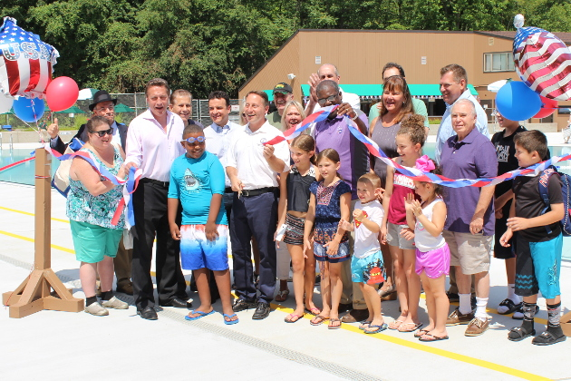 Astorino Kicks Off 4th of July with Opening of New Sprain Ridge Pool